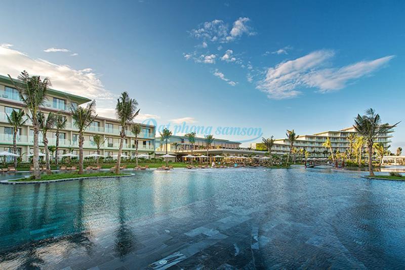 Bể bơi nước mặn FLC Luxury Sầm Sơn