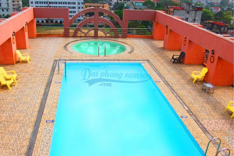 Bể bơi khách sạn Thái Bình Dương ở Sầm Sơn