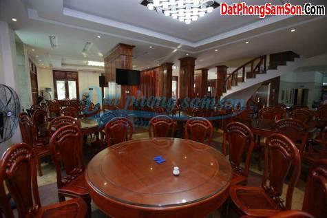 Phòng ăn khách sạn Hoa Mai Sầm Sơn