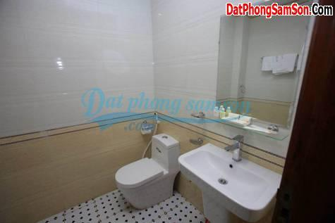 Phòng WC KS Hoa Mai Sầm Sơn