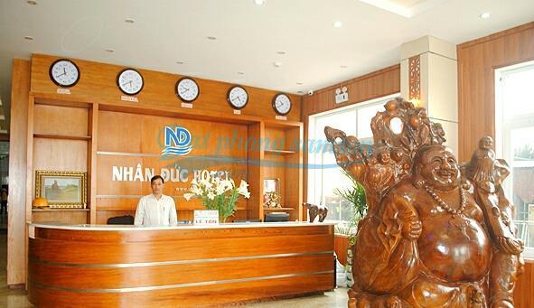Phòng ngủ khách sạn Nhân Đức - Nhan Duc hotel