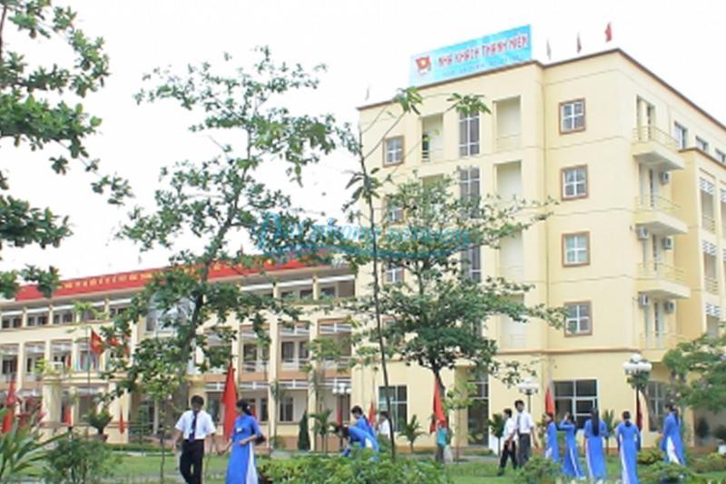 Đặt phòng khách sạn Thanh Niên
