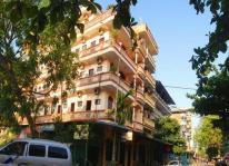 Khách sạn Hồng Thái